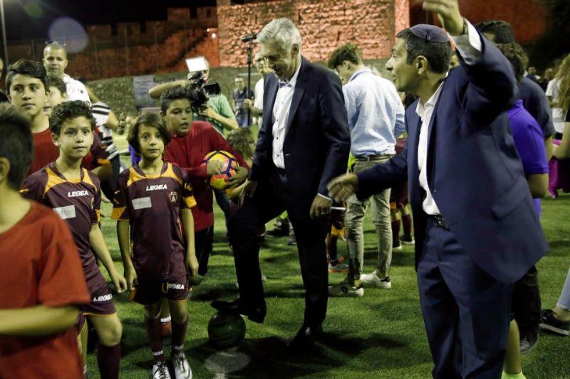 """Ancelotti ha guidato una seduta di allenamento molto speciale nel """"Peace and Friendship"""" di Gerusalemme"""